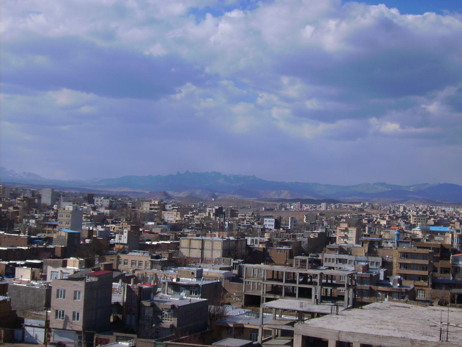 http://aharimiz.arzublog.com/uploads/aharimiz/PICT0128.JPG