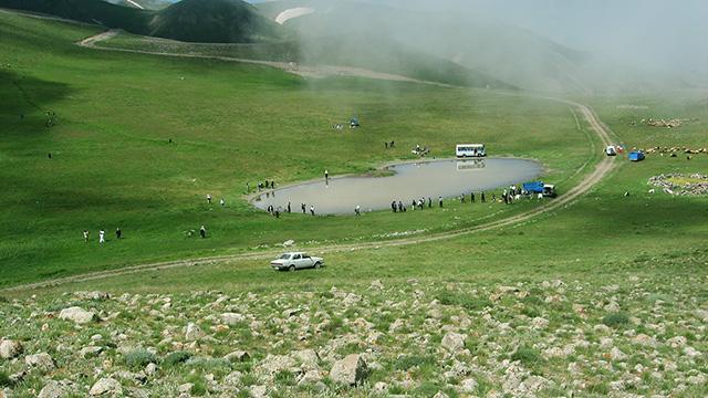 http://aharimiz.arzublog.com/uploads/aharimiz/_ghosha-dagh-ahar-.jpg