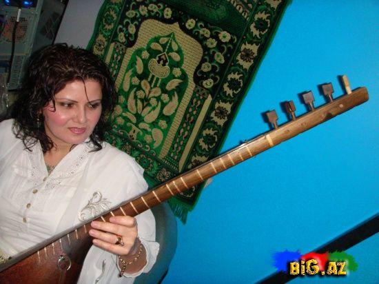 http://aharimiz.arzublog.com/uploads/aharimiz/ashiq_zolfya.JPG